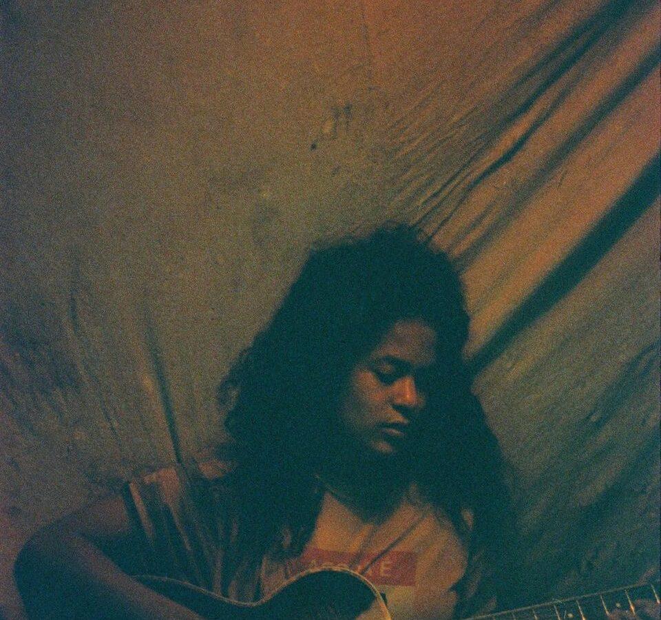 Halia Jack - Guitar - Credit Liam Hart - Careless