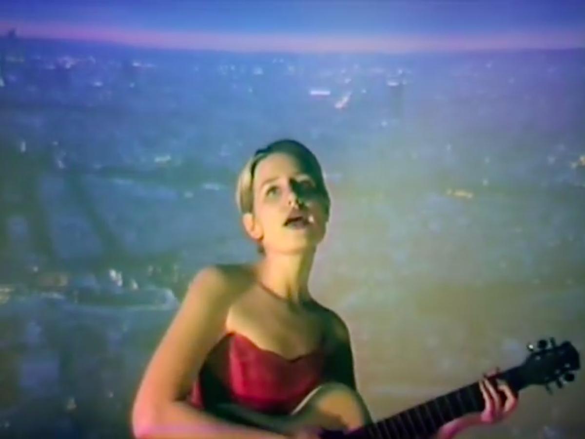 Yohuna - Dead To Me video