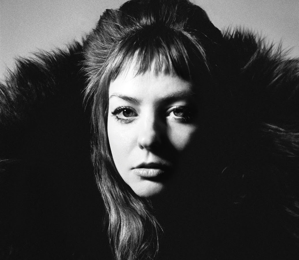 Angel Olsen All Mirrors video