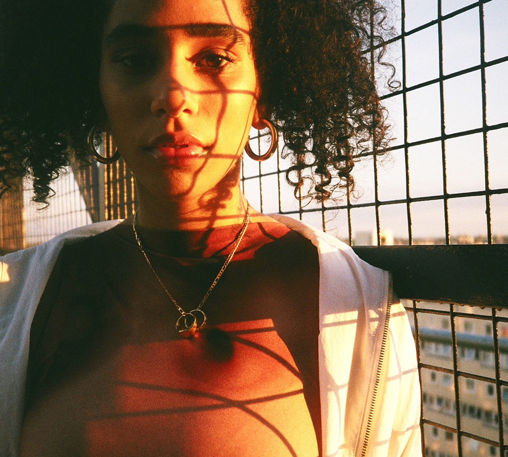AMA Crystal Screeluv EP