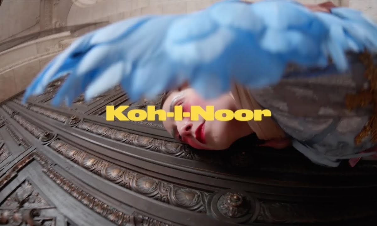 Mr Twin Sister Koh-I-Noor - video