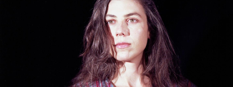 Julia Holter Feel You